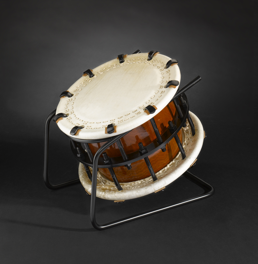 Shime-Daiko bolt (595€) with metal-stand (70€)
