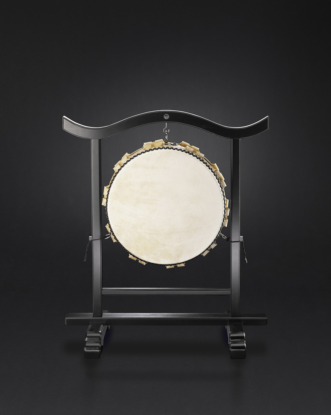 Hira-Daiko temple stand for Ø48cm/h20cm  (280€)